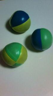 みっつのボール